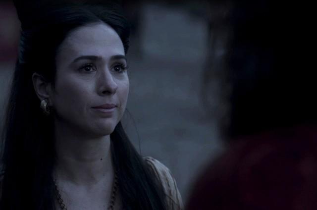 Amália tem lampejos de memória com Afonso em 'Deus Salve o Rei'