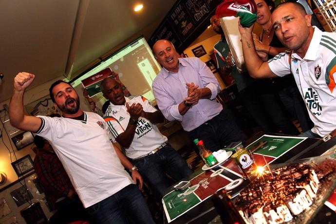 Mário Bittencourt comemora aniversário em evento tricolor (Foto: Divulgação)