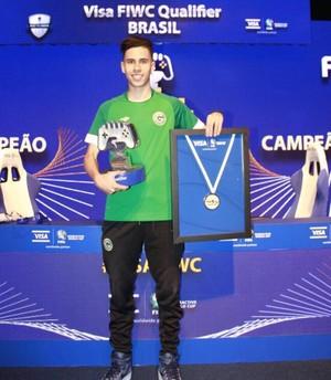 Lucasrep; Goiás; Fifa (Foto: Reprodução / Twitter)