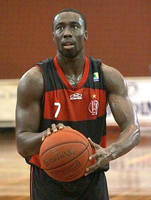 Kojo basquete Flamengo Paulistano (Foto: Thiago Lavinas)