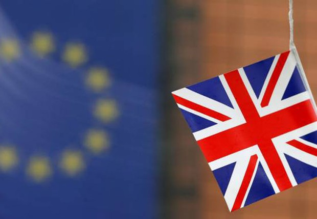 Bandeira do Reino Unido é vista em campanha à frente do referendo Brexit (Foto: Christopher Furlong/Getty Images)