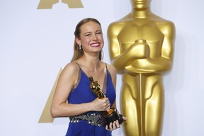 Brie Larson ganha o prêmio de Melhor Atriz no Oscar 2016 (Foto: REUTERS/Mike Blake)