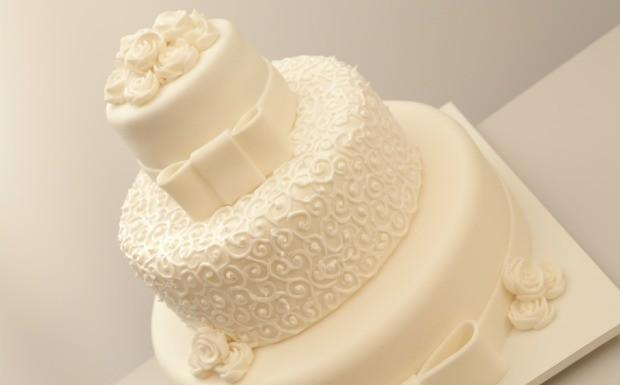 Que Seja Doce - Ep. 8 - Festa de casamento - Bolo de limo-siciliano e lavanda (Foto: Divulgao)