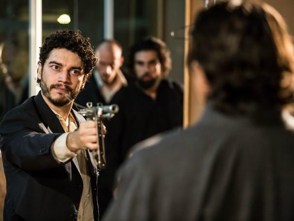 Espetáculo narra uma luta entre dois homens numa metrópole americana (Foto: Divulgação/Renato Mangolin)