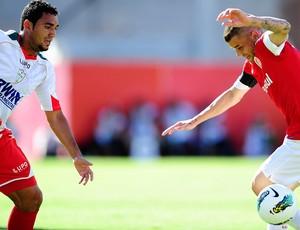 D'Alessandro, meia do Inter contra a Portuguesa (Foto: Alexandre Lops / Inter, DVG)