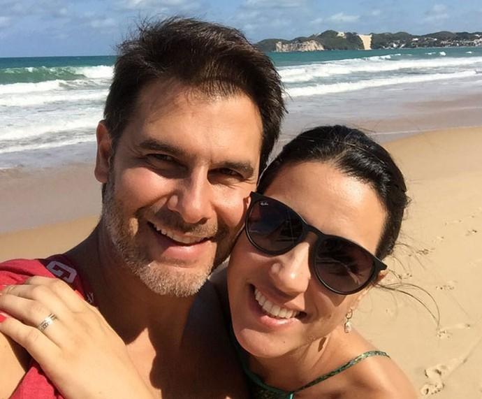 Dr. Fernando ao lado da esposa, Flávia (Foto: Arquivo pessoal)