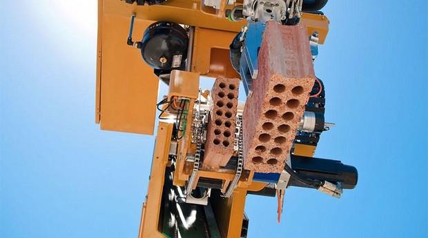 Robô consegue construir casa em menos de 48 horas