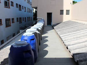 Empresa de São Paulo monta sistema em laje para reúso de água da chuva em banheiros