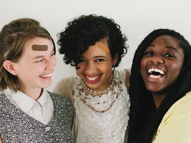 Para o criador dos curativos, esse tipo de produto promove a igualdade (Foto: Tru-Colour Bandages/Divulgação)