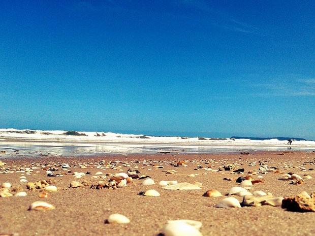 Praia de Guaibim atrai milhares de turistas em Valença (Foto: Charles Mendes / Arquivo Pessoal)
