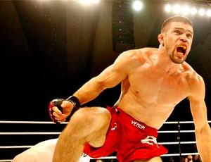 Jonatas Novaes lutará novamente no MFC diante do canadense Kurt Southern em outubro (Foto: Divulgação/Arquivo Pessoal)