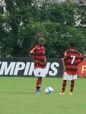 BLOG: Vinicius Júnior foi comparado a Adílio quando chegou ao Fla