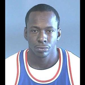 Identificação carcerária Bobby Brown (Foto: Reprodução)