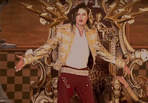 Imagem de Michael Jackson em holograma (Foto: Reprodução/Youtube)