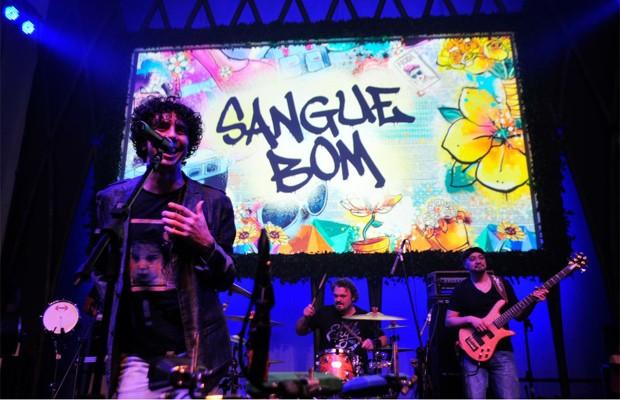 Banda Sambô agita festa de Sangue Bom (Foto: Reinaldo Marques/ TV Globo)