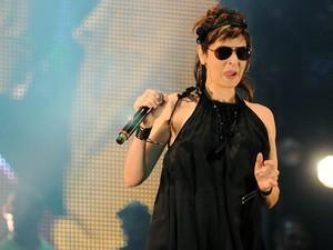Fernanda Abreu durante show no Palco Sunset (Foto: Alexandre Durão/G1)