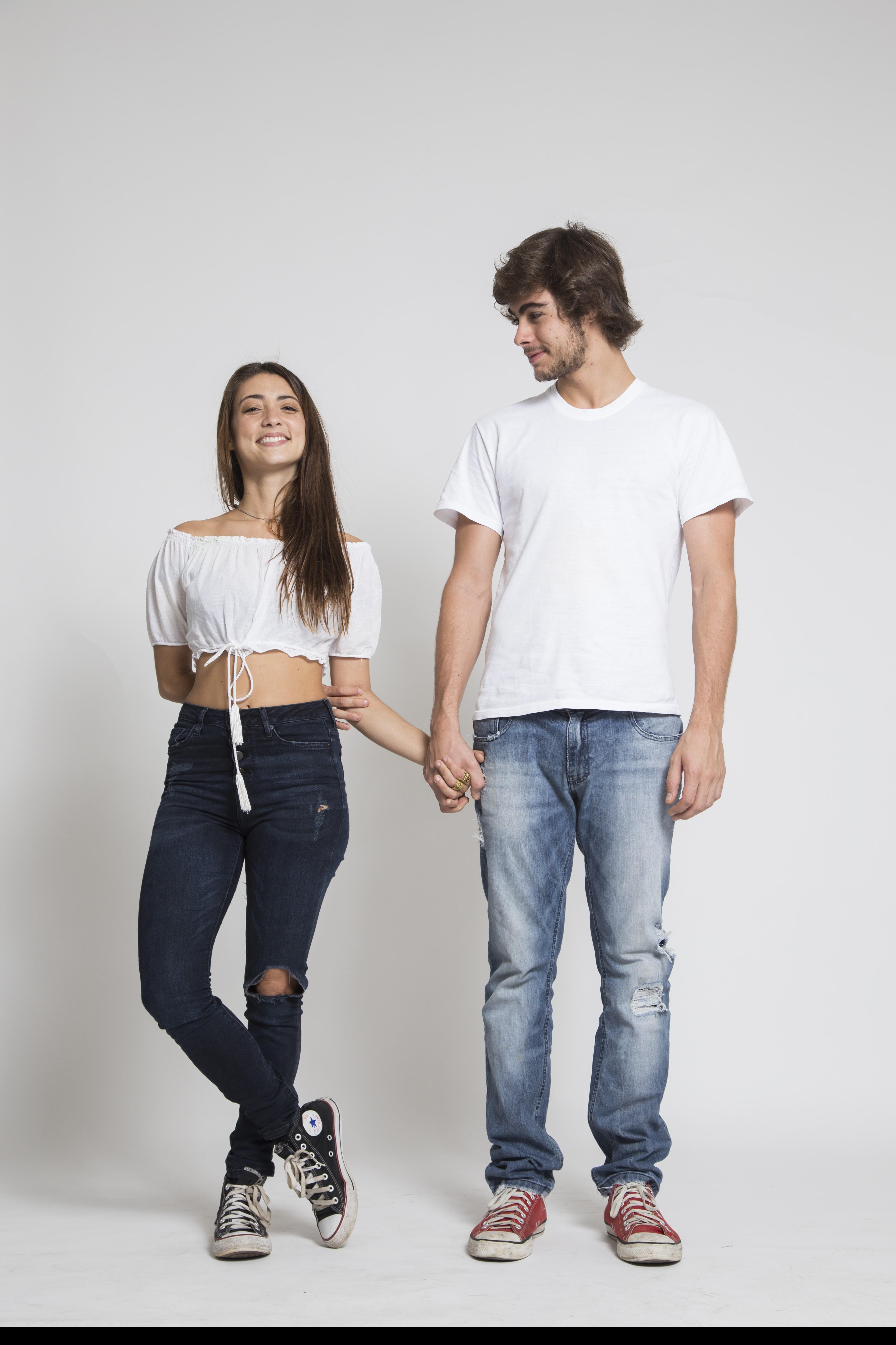 Julia Oristanio e Rafael Vitti posam juntos (Foto: Divulgação)