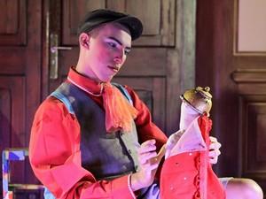 Peça 'O menino catador de histórias' será encenada no Teatro Piollin (Foto: Divulgação)
