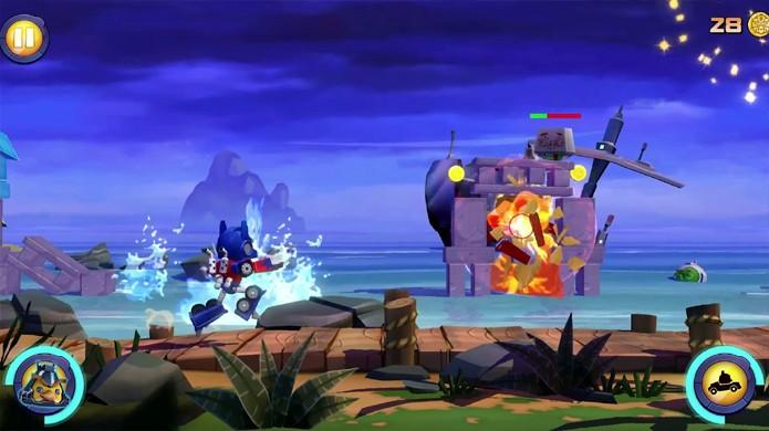 Angry Birds Transformers traz uma jogabilidade de tiro completamente nova (Foto: Reprodução/YouTube)