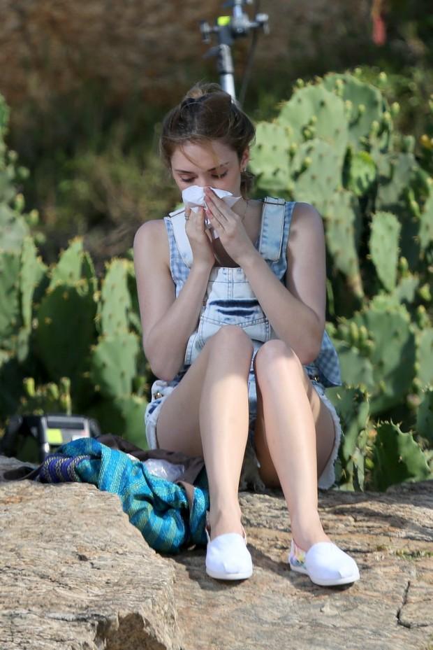 Isabelle Drummond chora durante gravação (Foto: ANDRÉ FREITAS/AGNEWS )
