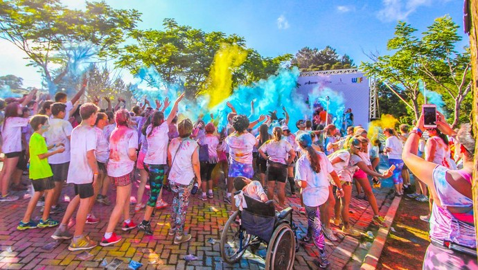 Run or Dye em Palmas (Foto: Fundesportes/Divulgação)
