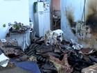 Casa pega fogo em Linhares e família acredita em incêndio criminoso