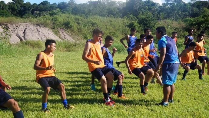 Jogadores do São Francisco Sub-20 treinaram no novo CT (Foto: Divulgação/São Francisco)