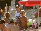 Luana Piovani vai à praia do Arpoador homenagear Iemanja