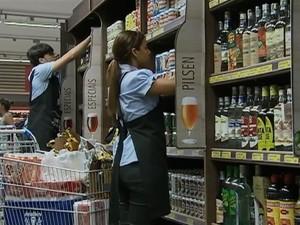 Cervejas são bebibas mais procuradas no período carnavalesco. (Foto: Reprodução/ TV Asa Branca)