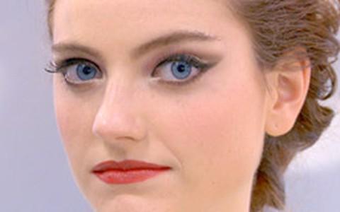 Maquiagem de noiva: Torquatto ensina a fazer look romântico
