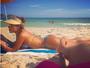 Thammy mostra corpaço da namorada, Andressa Ferreira, na praia