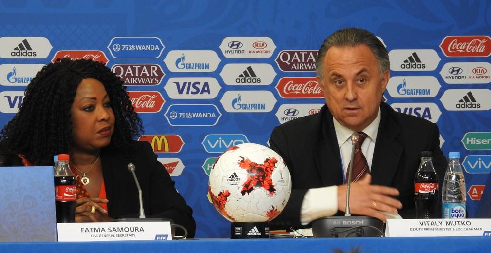 Fatma Samoura, da Fifa, e Vitaly Mutko, do COL 2018, garantem que Rússia está pronta para a Copa das Confederações (Foto: Thiago Dias)