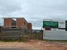 Atrasada há quase 3 anos, obra de UPA está parada em Cruzeiro do Sul