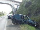 Homem é preso após sofrer acidente com carro roubado na BR-116, no RS