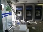 Mulher se confunde com marcha de carro e invade fachada de banco no PI