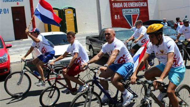 Passeio ciclístico com torcedores do Fortaleza (Foto: Divulgação/Fortaleza)