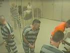 Presos fogem de cela para salvar a vida de carcereiro nos EUA