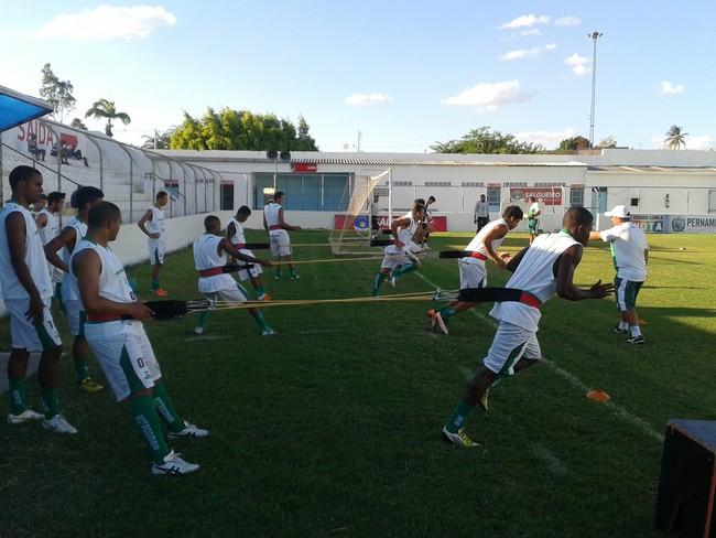 Treino do time do Salgueiro (Foto: Jadir Souza/TV Grande Rio)