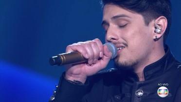 Dan Costa canta 'Agora Eu Já Sei'