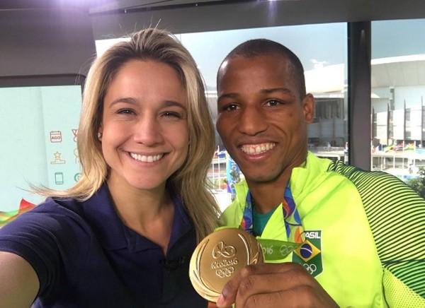 Fernanda Gentil e o campeão olímpico Robson Conceição (Foto: Reprodução / Instagram)