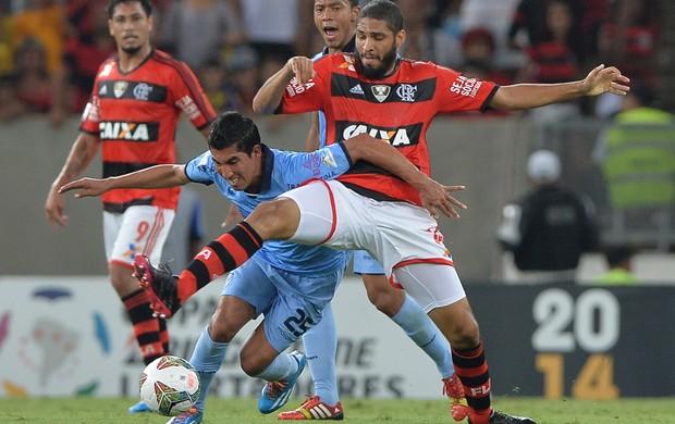 Wallace e Damir Miranda, Flamengo x Bolivar (Foto: AFP)