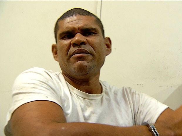 Carlos Alexandre de Andrade foi presos suspeito de matar criança de 11 anos (Foto: Reprodução/Inter TV Cabugi)
