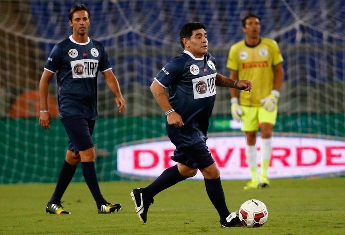 maradona amistoso roma (Foto: Reuters)