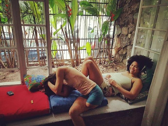 A dupla se divertindo em casa (Foto: arquivo pessoal)