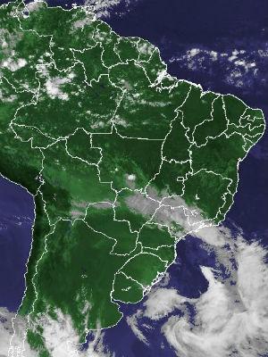 Imagem de satélite capturada na tarde deste domingo (1) (Foto: Reprodução/Cptec/Inpe)
