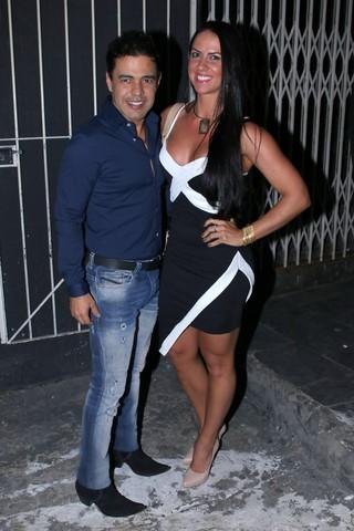 Zezé Di Camargo com a namorada, Graciele Lacerda, em show em São Paulo (Foto: Thiago Duran/ Ag. News)