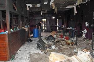 Foto divulgada pela políciamostra o interior da boate destruído após tragédia (Foto: Divulgação/Polícia Civil do RS)