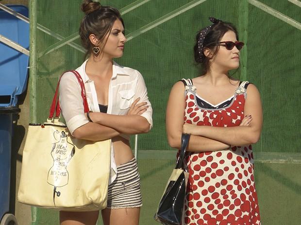 dd378e413 Joaquina tem um estilo rokabilly e os óculos acompanham tendência (Foto:  Gshow)