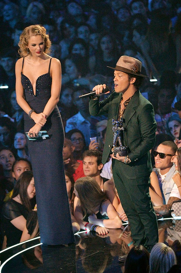Bruno Mars e Taylor Swift (Foto: Getty Images)
