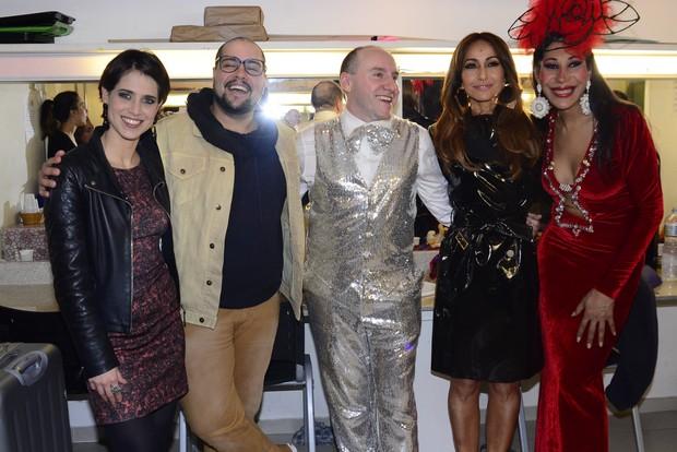 Sabrina Sato e outros famosos prestigiam espetáculo (Foto: Leo Franco / AgNews)